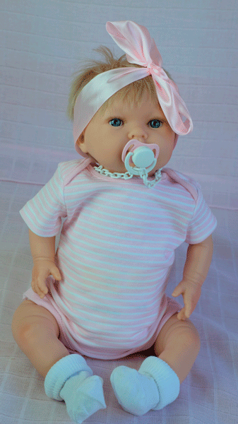 bebe reborn lila