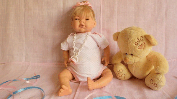 bebe reborn articulada